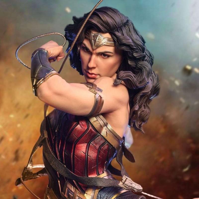 Wonder Woman (Early Bird Version) - DC Comics - 1/4 Scale Statue