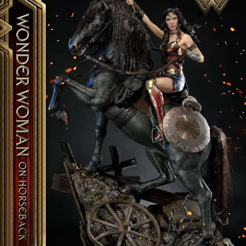 Wonder Woman on Horseback - Wonder Woman - Polystone Statue