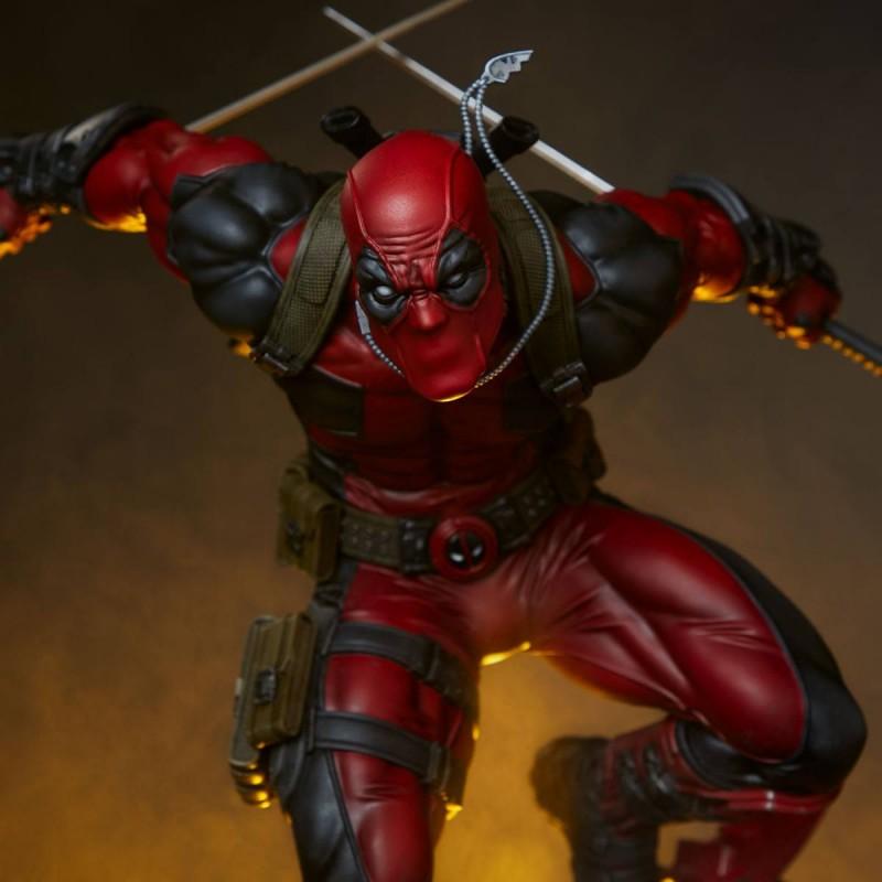 Deadpool - Marvel Comics - Premium Format Statue