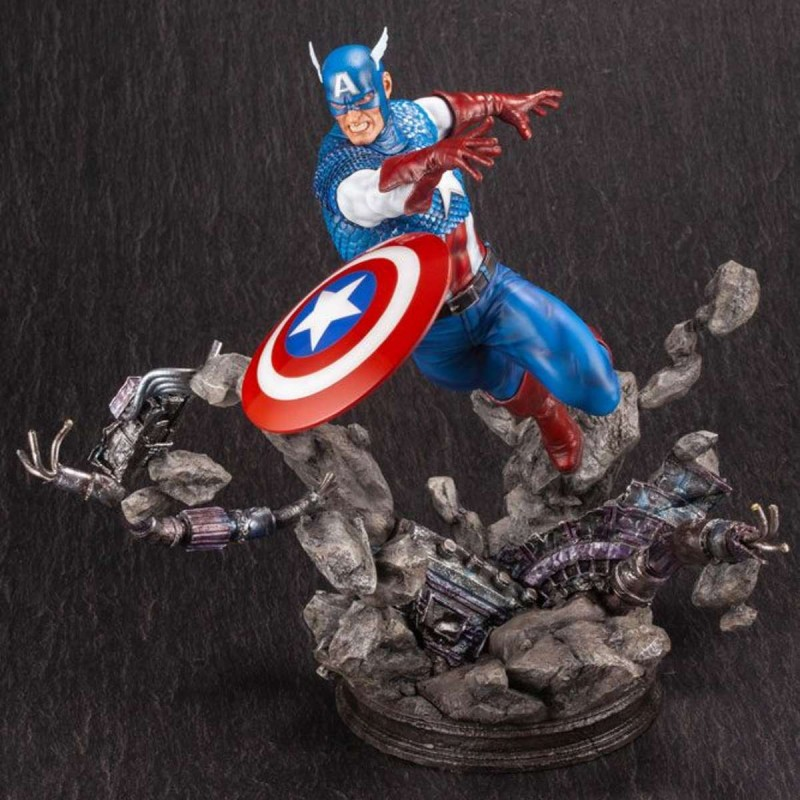 Captain America - Marvel Comics - Fine Art Statue