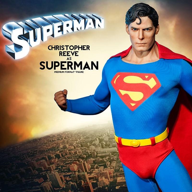 Reeve Superman - Premium Format Statue
