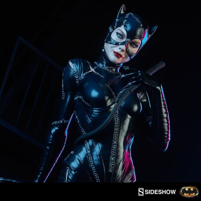 Catwoman - Batman Returns - Premium Format Statue