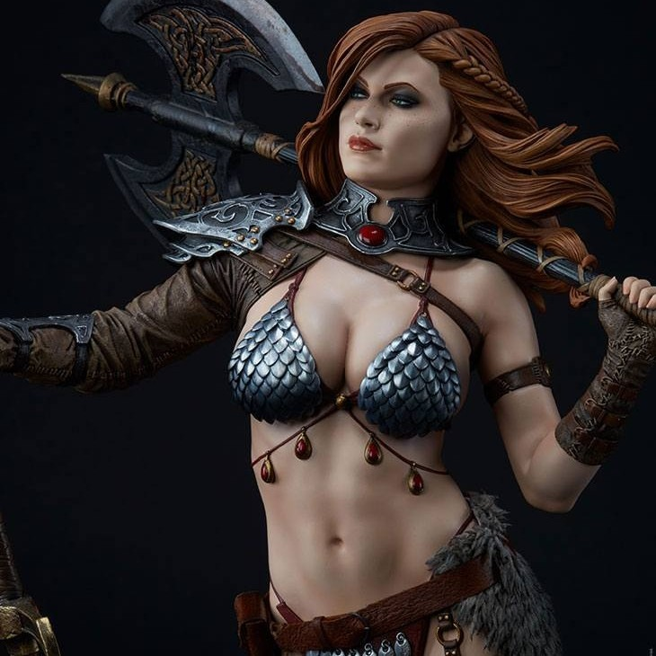 Red Sonja Queen of Scavengers - Premium Format Statue