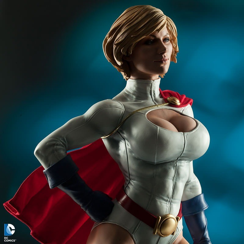 Power Girl - Premium Format Statue