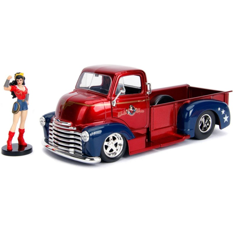 1952 Checy COE mit Wonder Woman Figur - DC Bombshells - Diecast Modell 1/24
