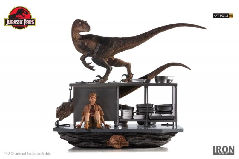 Velociraptors in the Kitchen - Jurassic Park - 1/10 Scale Diorama