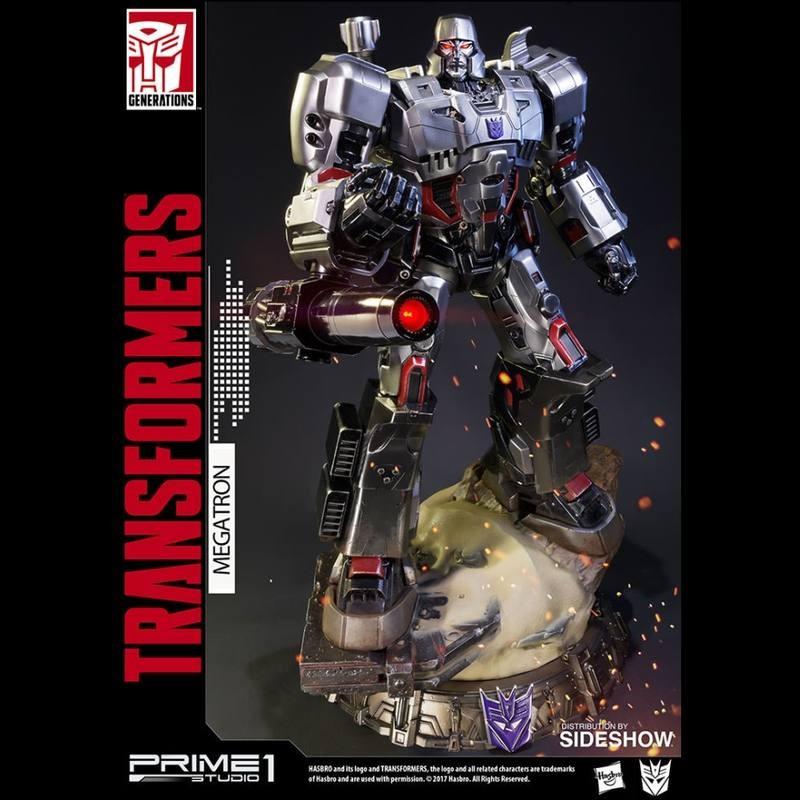 Megatron G1 - Transformers - Polystone Statue