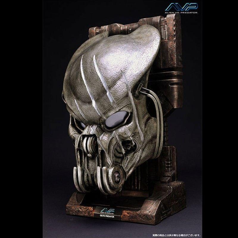 Battle Damaged Celtic Predator - Alien vs. Predator - 1/1 Replik