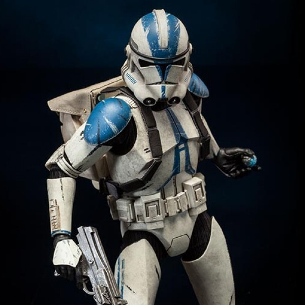 Clone Trooper Deluxe: 501st - Star Wars - 1/6 Scale