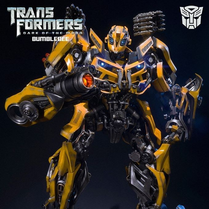 Bumblebee - Transformers - Museum Master Line Statue