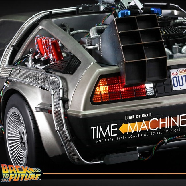 DeLorean Time Machine - 1/6 Scale Fahrzeug