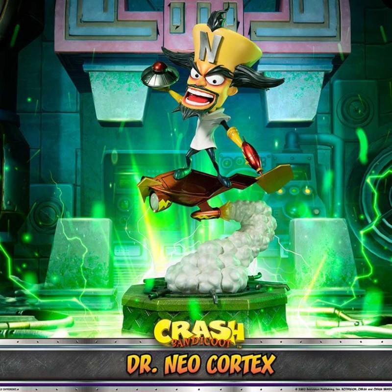 Dr. Neo Cortex - Crash Bandicoot 3 - Polystone Statue