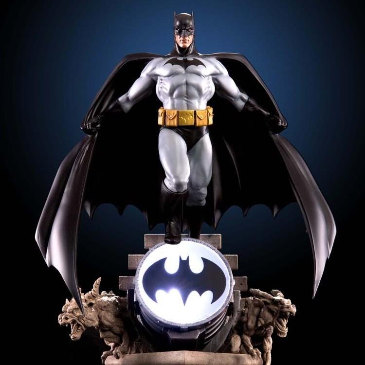Batman Modern Age - 1/7 Wall Statue