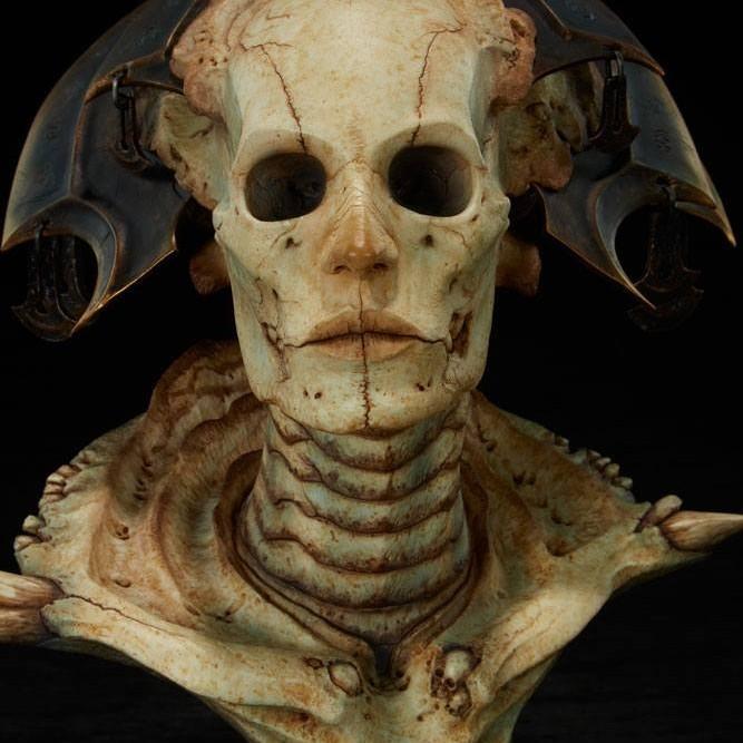 Xiall The Resolve of Bone - Court of the Dead - Legendary Scale Büste