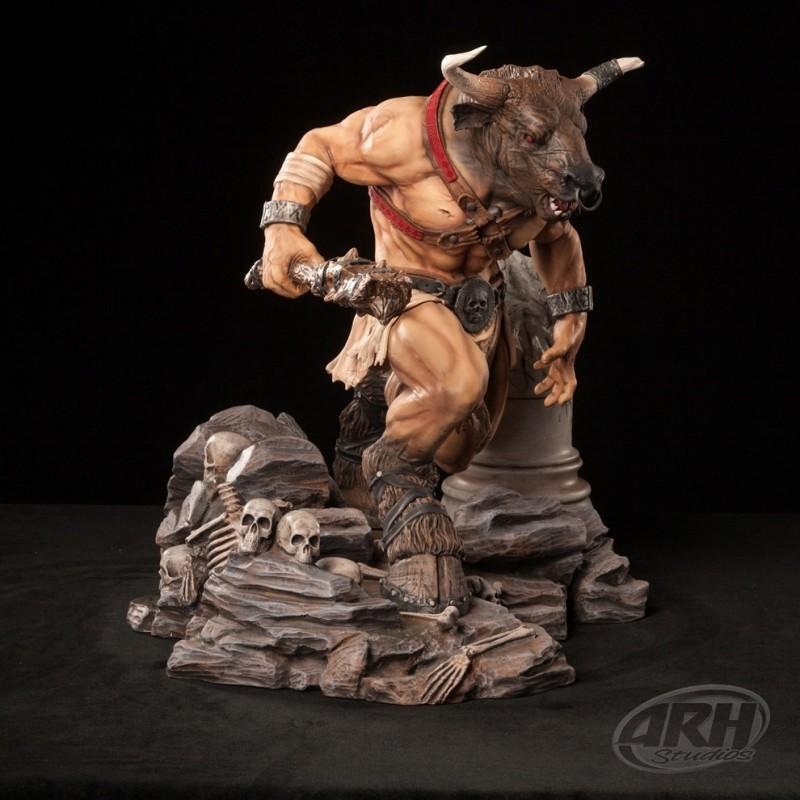 Minotaurus Statue - 1/4 Scale Statue