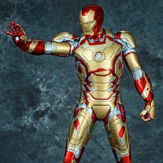 Iron Man Mark XLII - Marvel Comics - 1/4 Scale Premium Statue