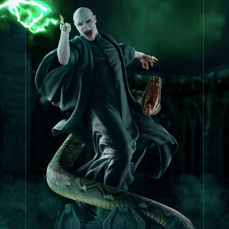 Voldemort & Nagini - Harry Potter - 1/4 Scale Legacy Replica Statue
