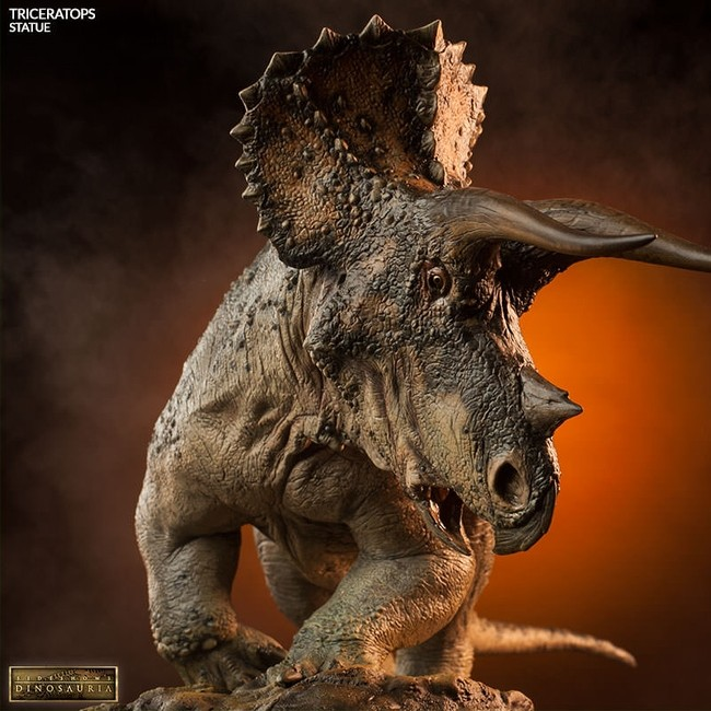 Triceratops - Dinosaurier - Polystone Statue