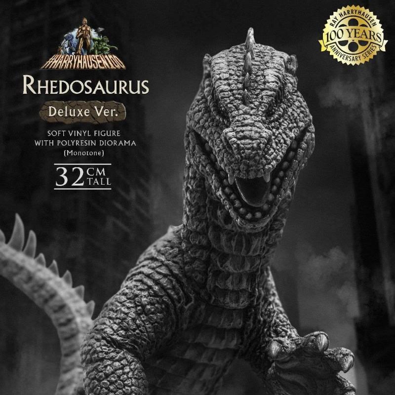 Ray Harryhausens Rhedosaurus Monotone Deluxe Version - Panik in New - Soft Vinyl Statue