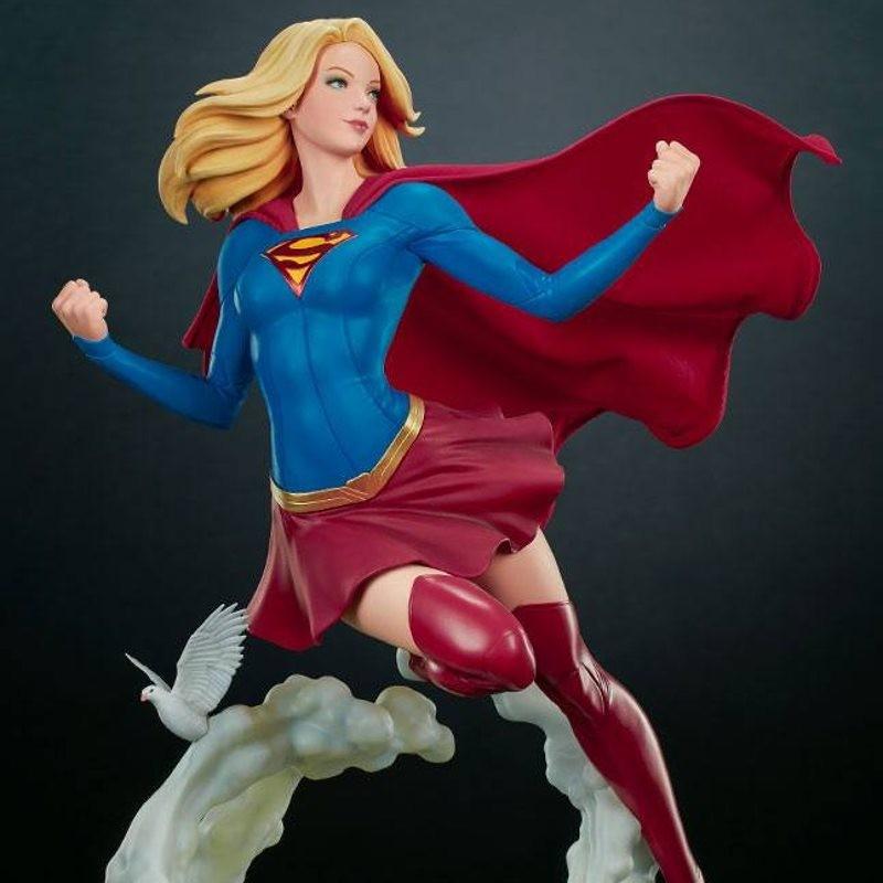 Supergirl - DC Comics - Premium Format Statue