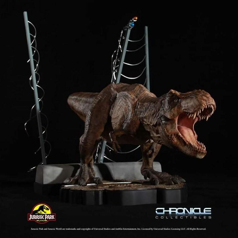 Breakout T-Rex - Jurassic Park - 1/20 Scale Statue