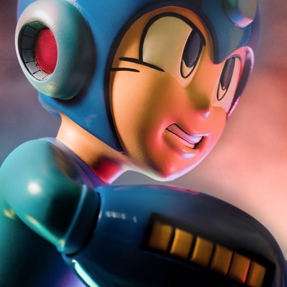 Running Megaman - Polystone Statue