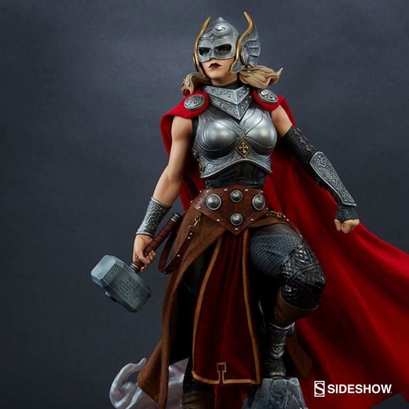 Thor (Jane Foster) - Premium Format Statue