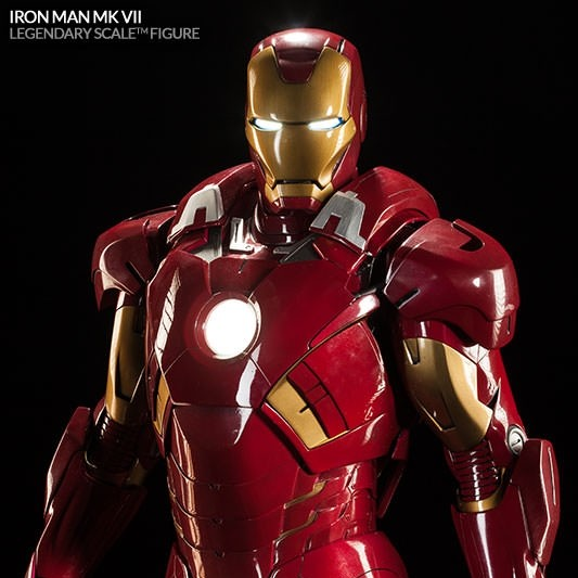 Mark VII - Iron Man - Legendary Scale Statue