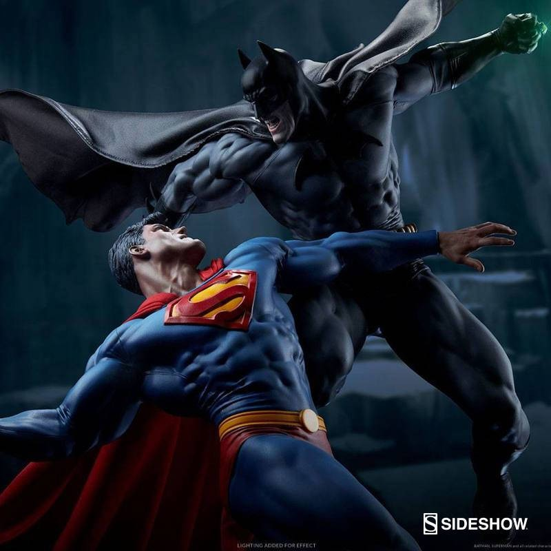 Batman vs. Superman - DC Comics - Polystone Diorama
