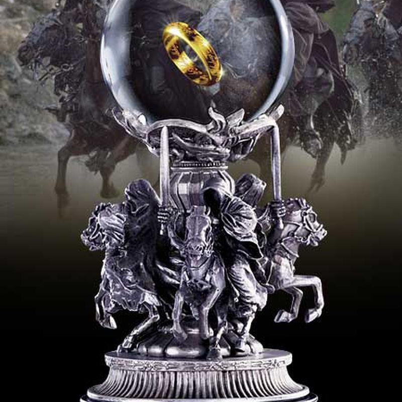 Quest for the Ring Statue - Herr der Ringe