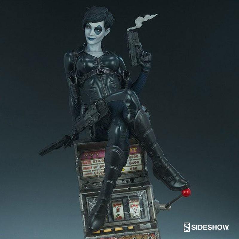 Domino - Marvel Comics - Premium Format Statue