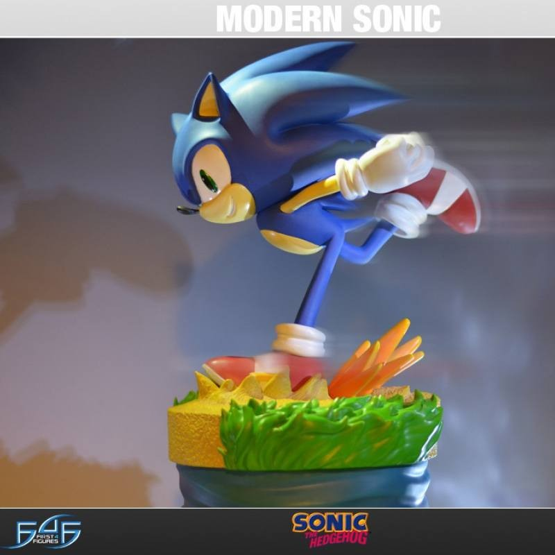 Modern Sonic - Sonic the Hedgehog - Polystone Statue