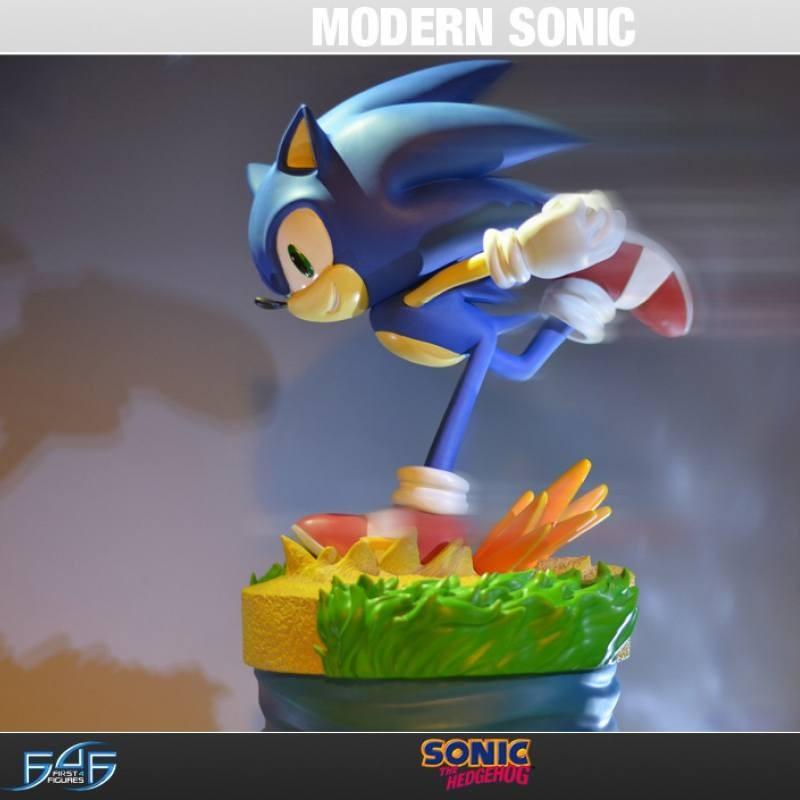 Modern Sonic - Sonic the Hedgehog - Polystone Statue