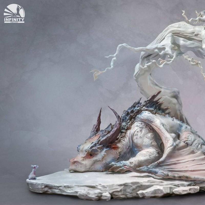 Encounter - Artist Series Statue