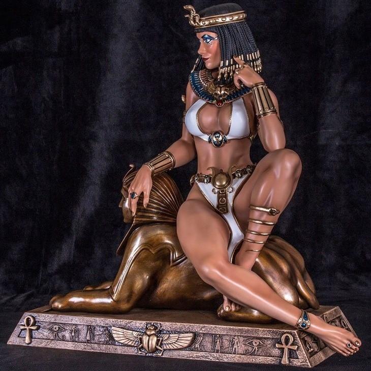 Cleopatra - 1/3 Scale Statue