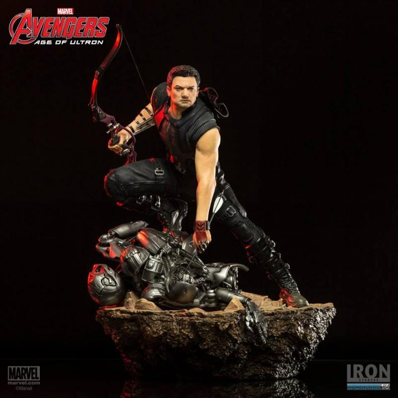 Hawkeye - Avengers - 1/6 Scale Diorama
