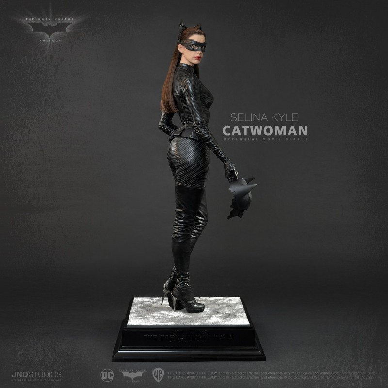 Selina Kyle Catwoman - The Dark Knight Rises - 1/3 Scale Hyperreal Statue