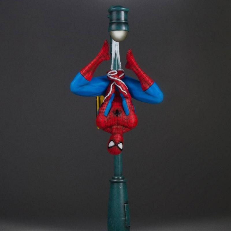Spider-Man - Marvel Comics - Collectors Gallery Statue