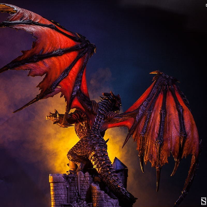 Deathwing the Destroyer - World of Warcraft - Statue