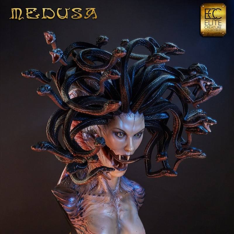 Medusa - Life Size Büste