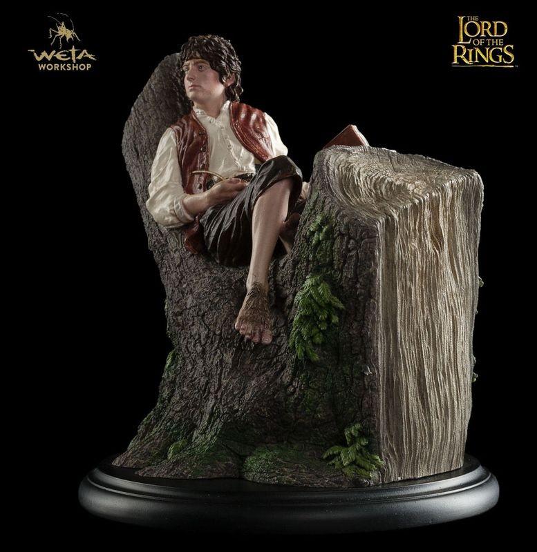 Frodo Baggins - Herr der Ringe - Statue 15 cm
