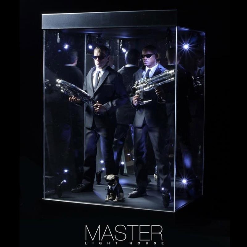 Master Light House (schwarz) - Acryl Display Case mit Beleuchtung