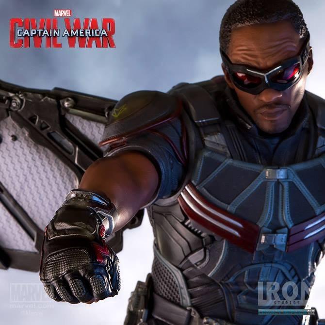Falcon - Captain America Civil War - 1/4 Scale Statue