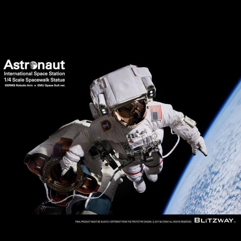 Astronaut ISS EMU Version - 1/4 Superb Scale Hybrid Statue