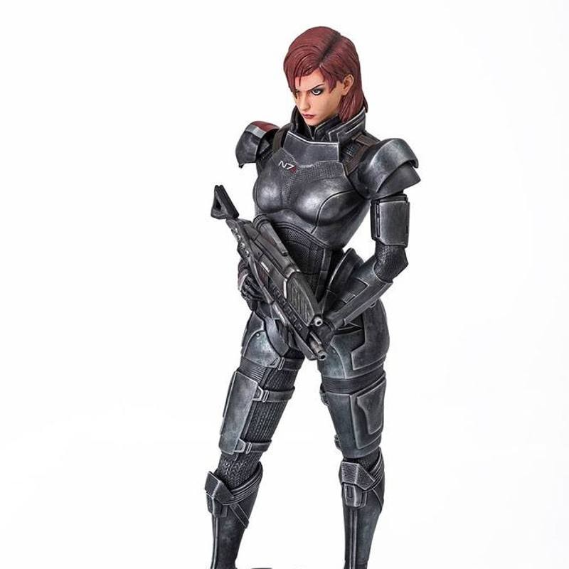 Femshep - Mass Effect - 1/4 Scale Statue