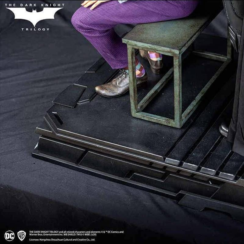 Special Base - The Dark Knight - 1/3 Scale