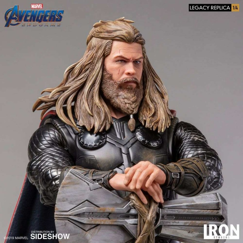 Thor - Avengers: Endgame - 1/4 Scale Legacy Replica Statue
