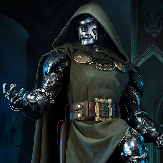 Doctor Doom - Legendary Scale Statue