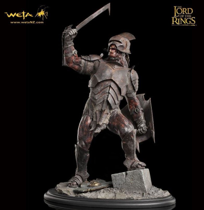 Uruk-Hai Swordsman - Herr der Ringe - 1/6 Scale Statue