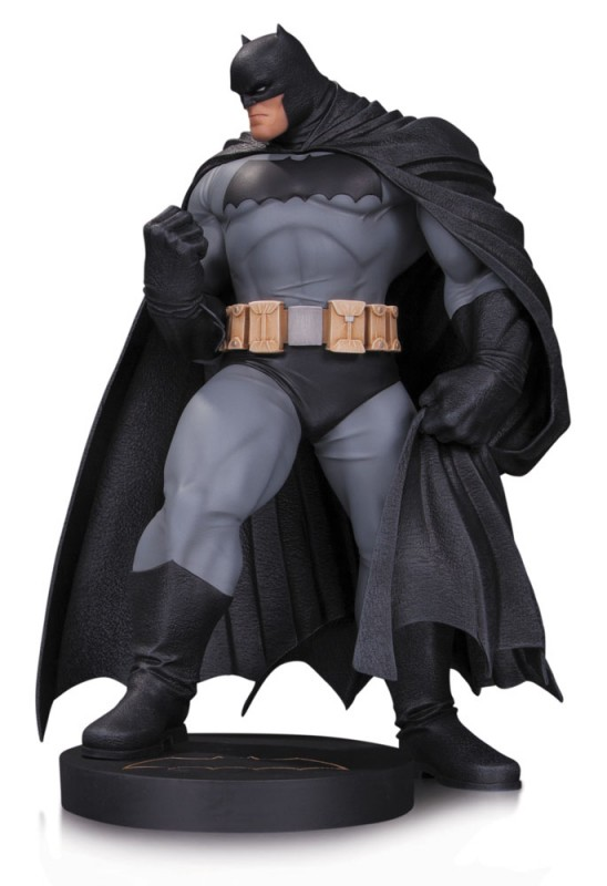 Batman by Andy Kubert - 1/6 Scale Resin Statue
